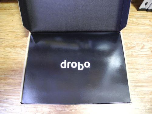 Drobo B800i Unboxing